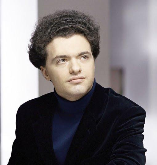 Glenn Gould A Russian Interlude